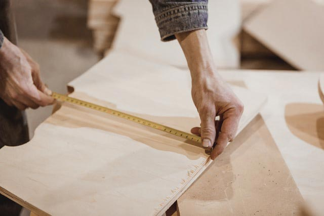 Jigsaw Vs. Bandsaw: Where Do They Measure Up?