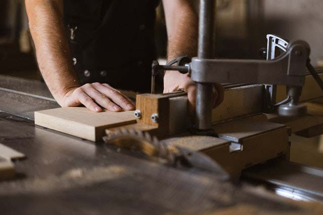 How to Choose the Best Table Saw Under 1000